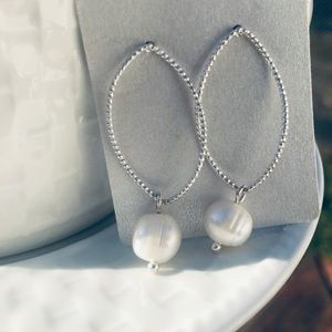 NEW 📿Pearl and silver earrings